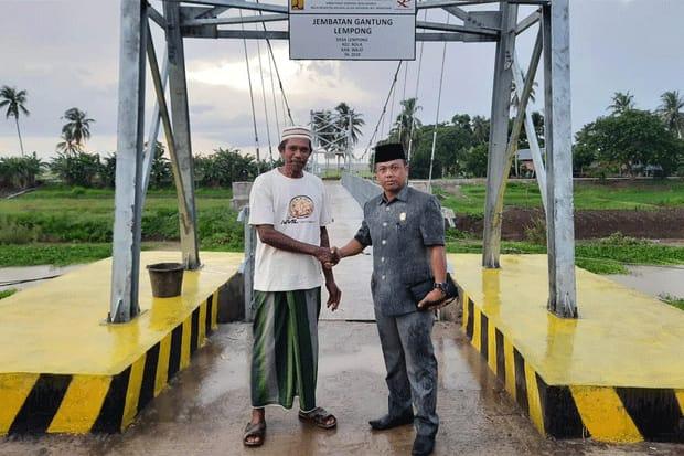 Mudahkan Aktivitas Ribuan KK di Wajo, Sulfiah : Pung Iwan Tak Berhenti Berjuang untuk Rakyat.