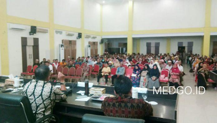 Marten Taha : Ekonomi Kota Gorontalo Bergantung Pada Pedagang