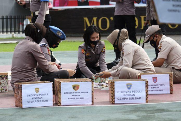 Peduli Bencana, Polda Gorontalo galang dana untuk Sulbar (Foto: Humas Polda Gorontalo)