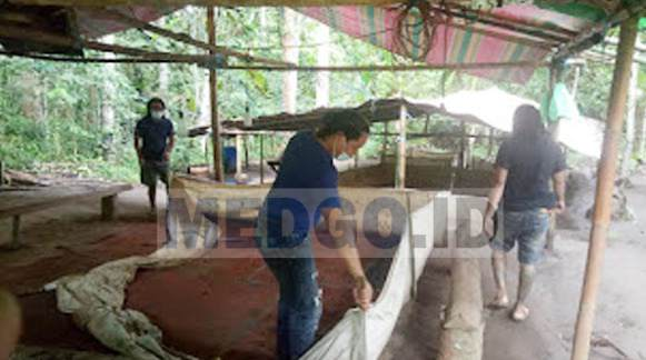 Tim Resmob Polres Minahasa Selatan Menciduk Pelaku Sabung Ayam