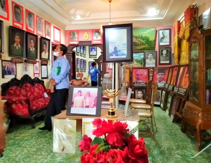 Oleh Deni Kurnia Museum di Rumah Sendiri, Tok Wan Haria Menunggu Rindu