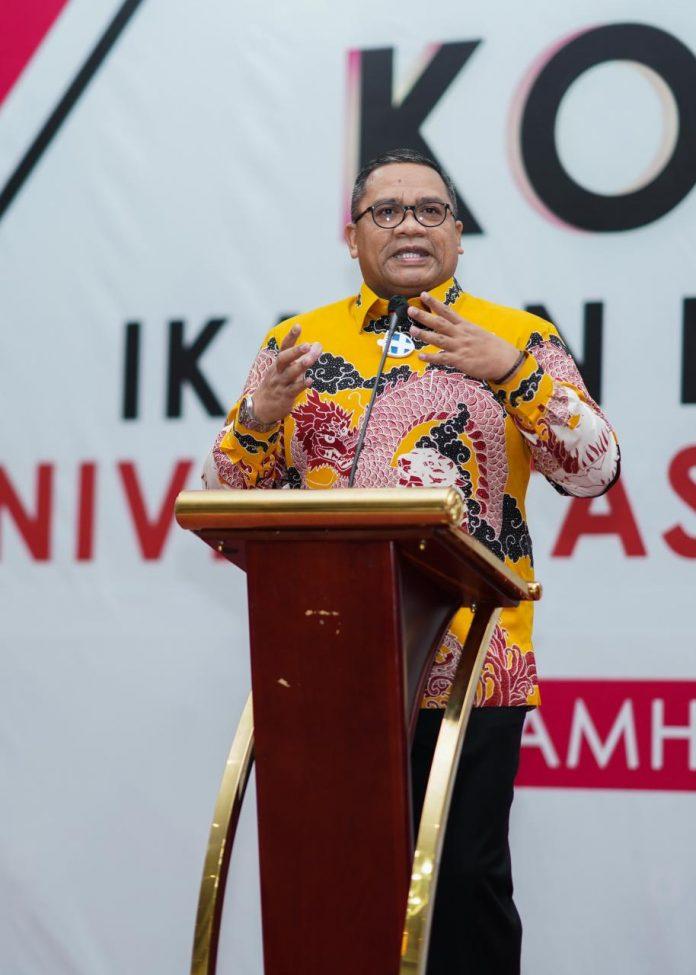 Rektor UNG Dr Eduart Wolok bersama Civitas Akademi Kecam Aksi Bom Bunuh Diri, Depan gereja Katedral Makassar