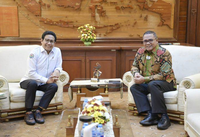 Rektor UNG Menemui Menteri PDT untuk Laporkan Hasil Pree-regional Meeting Teluk Tomini