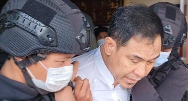 Penangkapan Munarman Dikaitkan ISIS. Al-Chaidar Haluan Mereka Berbeda Dengan FPI