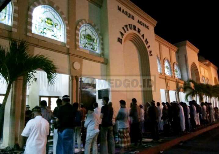 Pelaksanaan Shalat Tarawih Masjid Baiturrahim Gorontalo