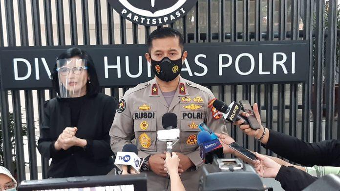Polri tegaskan bahwa Munarman Belum Bisa Dijenguk keluarga